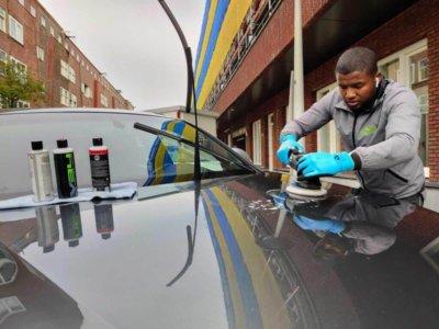 auto poetsen in 2 stappen Amsterdam Den Haag Rotterdam Utrecht Almere